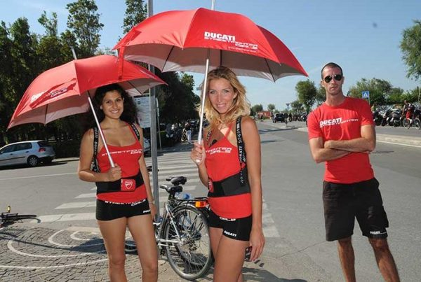 Ducati Streetfighter Girls